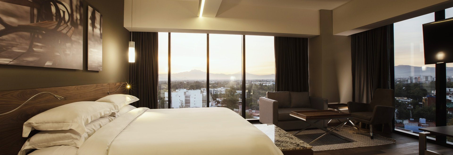 Krystal Grand Suites Insurgentes - Comfort, style, connectivity
